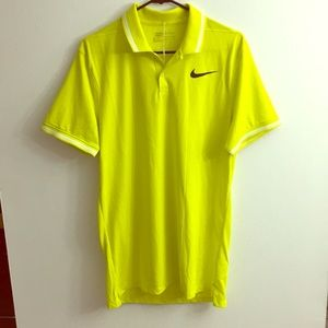 Nike Golf Men's Modern Fit Polo size Medium Tall
